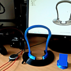 Headphone or Headset Stand (tested with Jabra evolve 40)
