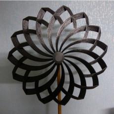 220mm Flower shaped Pinwheel with ball bearing