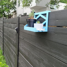 Fence shelf