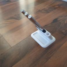 Scalpel or pen holder