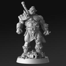 Nadug- Half Orc Warrior- 32mm - DnD -