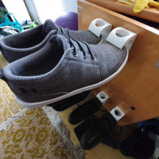 Shoe support (wall mount)