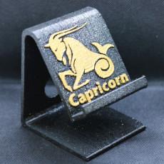 Capricorn Phone stand
