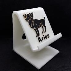 Aries Phone stand