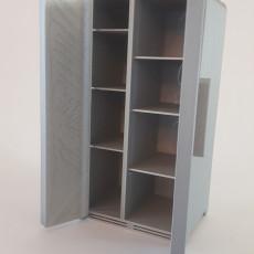 Quinns Refrigerator