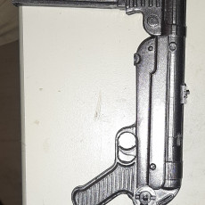 Picture of print of MP40 - German Machine Gun - scale 1/4