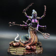 Picture of print of Marilith with Diorama