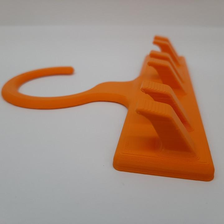 Belt Hanger (Easy to print)